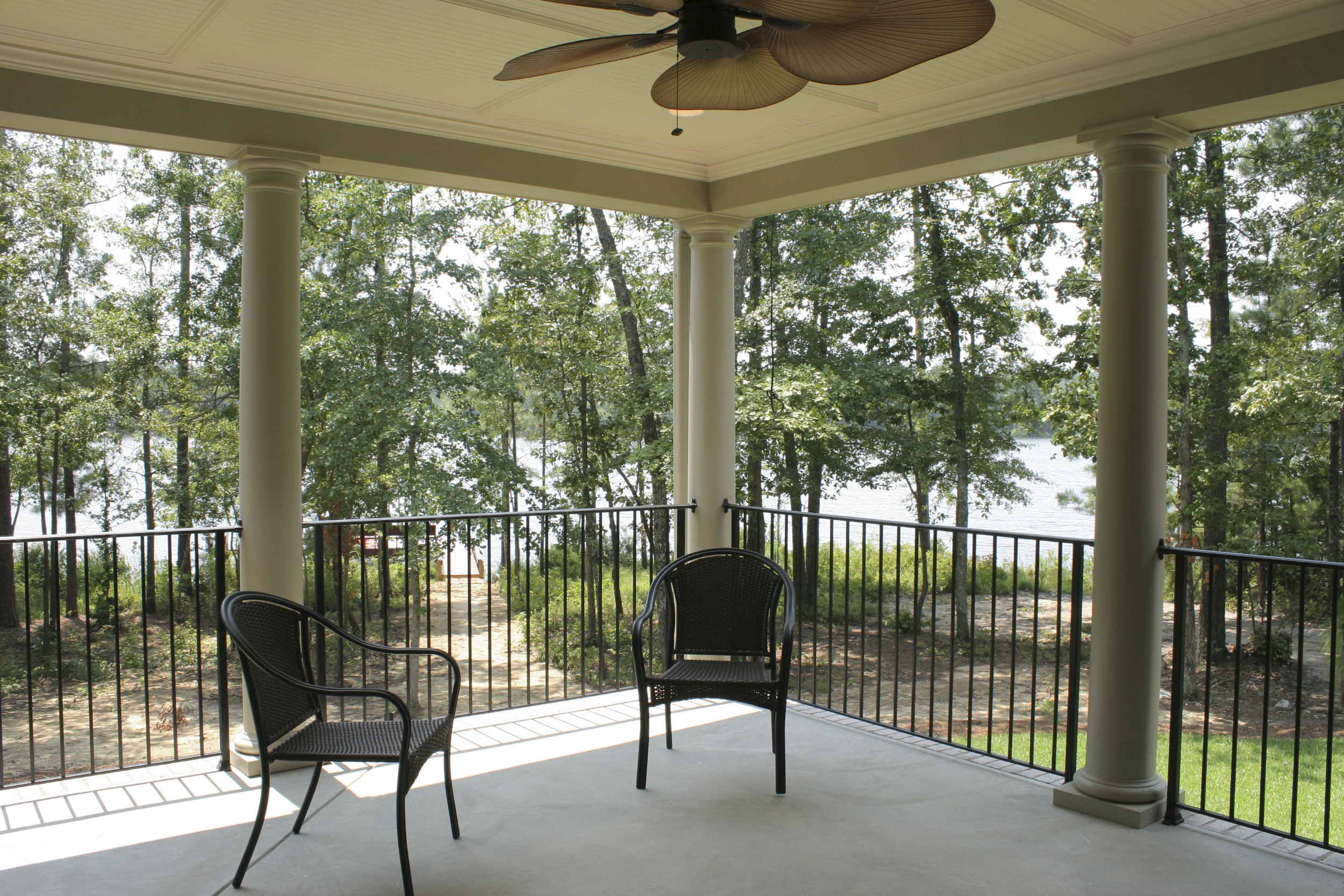 09-Covered-porch